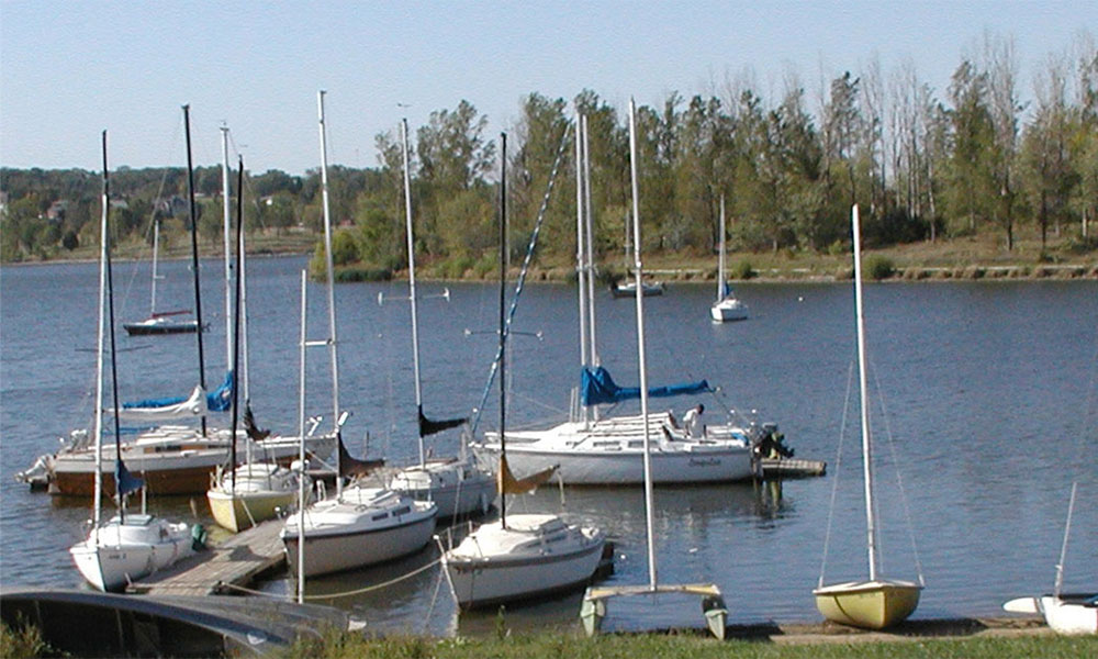 boats in lake cunningham marina